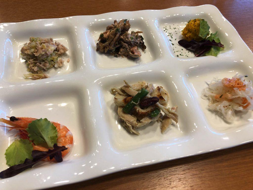犬山のおしゃれカフェラヴィータでランチ、レストラン